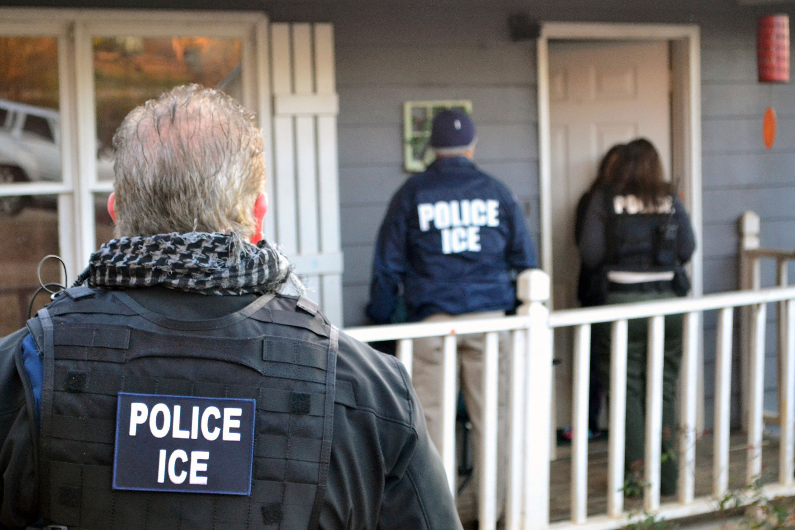 What To Do If ICE Comes To Your Door